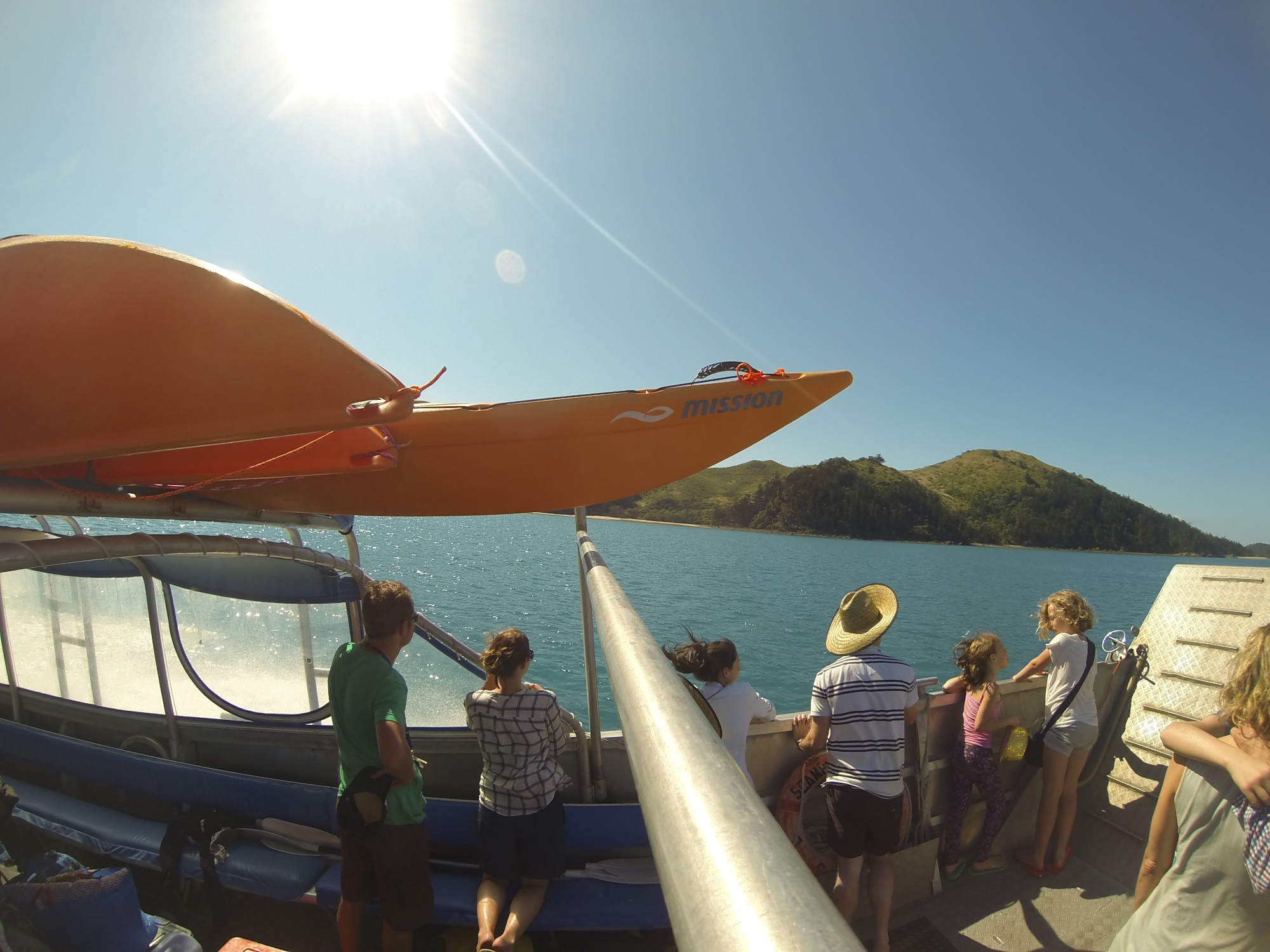 Scamper water taxi whitsundays